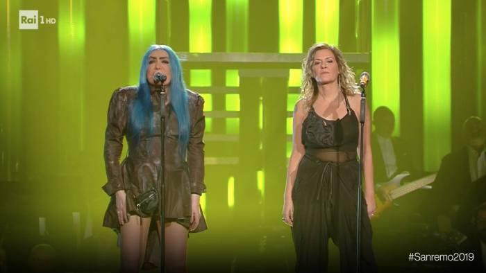 Loredana Berté e Irene Grandi nella serata dei duetti a Sanremo 2019