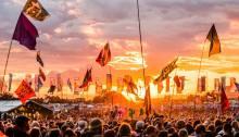 Glastonbury 2019, i primi due headliner sul Pyramid Stage sono The Killers e The Cure