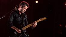 Daniele Silvestri e Rkomi sul palco di Collisioni il 5 luglio insieme a Max Gazzé e Carl Brave