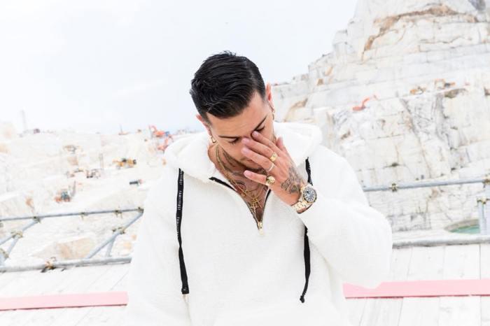 """""""La Mia Malattia"""" è il nuovo singolo di Emis Killa su base di Don Joe"""