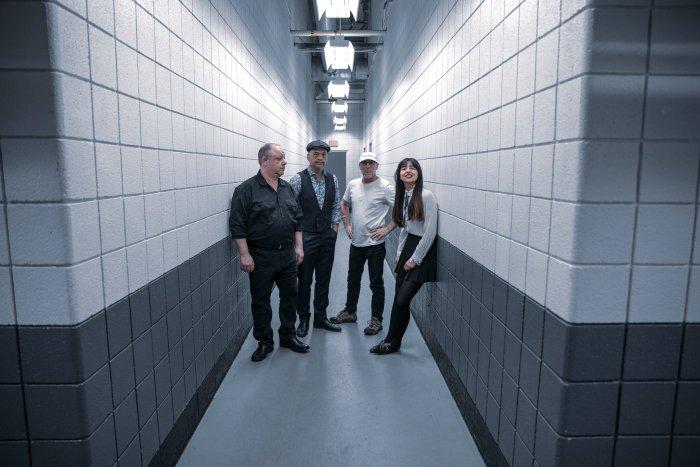 """Esce il 12 settembre """"Beneath The Eyrie"""", settimo album dei Pixies anticipato dal singolo """"On Graveyard Hill"""""""