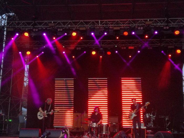 low sul palco del Todays Festival 2019