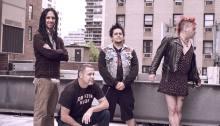 """I NOFX pubblicano la canzone """"Fish In A Gun Barrel"""", brano di denuncia delle stragi da arma da fuoco negli USA"""