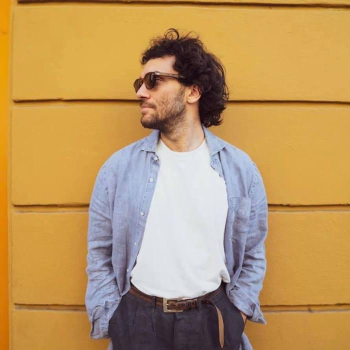"""Filo Vals è l'autore del singolo """"Occasionale"""": nel video ci sono Fabio Grosso, Vittorio Sgarbi, Edoardo Ferrario"""