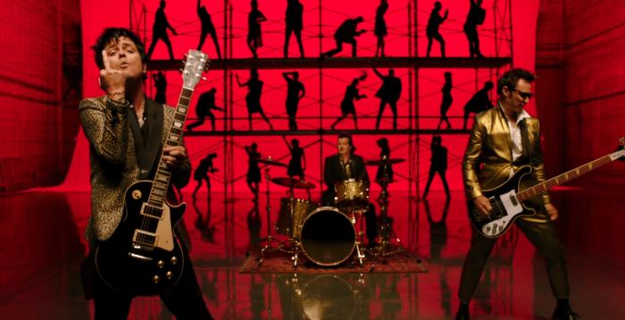 """Green Day il nuovo video di """"Father Of All..."""""""