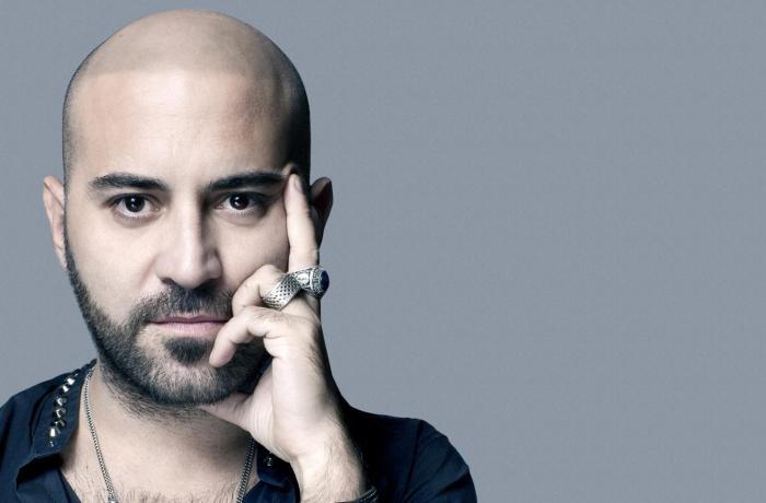 """Giuliano Sangiorgi canta """"Nell'Ignoto"""" dalla colonna sonora di Frozen 2"""