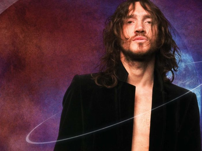 John Frusciante è finalmente tornato nei Red Hot Chili Peppers