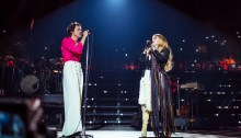 Harry Styles e Stevie Nicks al Forum di Los Angeles - Foto di Helene Pambrun