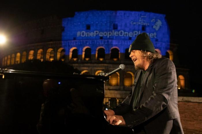 Zucchero Colosseo Bono Vox Earth Day