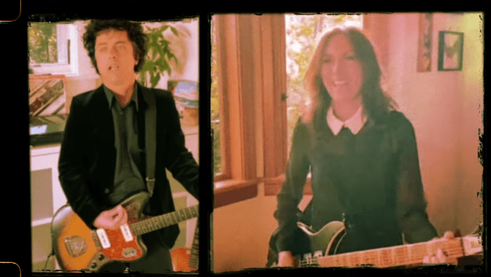 "Billie Joe Armstrong cover ""Manic Monday"" The Bangles"