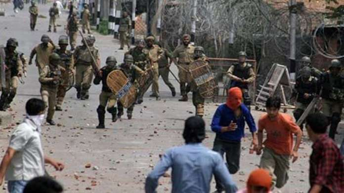 history of the kashmir conflict