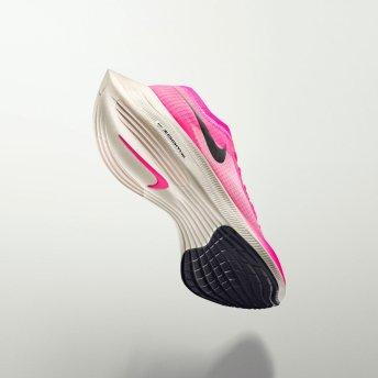 NikeNews_ZoomFamily19_HO19_RN_Zoom_Next_SOLE_square_1600