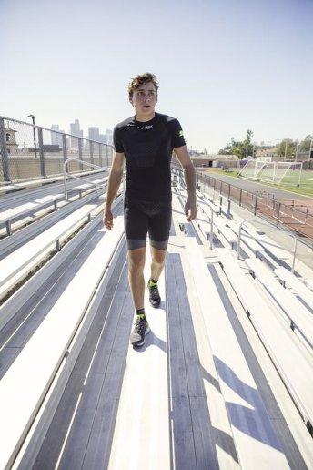 20SS_xRT_xBionic_Athlete-Shoot_Mondo_Duplantis_02_Run_Shirt_1079_RGB