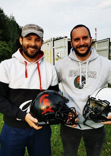 Stefano Antoni (links, Coach Rebels) und Flavio Greco (rechts, Coach Spartans)