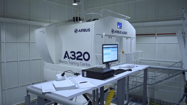 El centro de capacitación cuenta con 2 simuladores level D para A320.