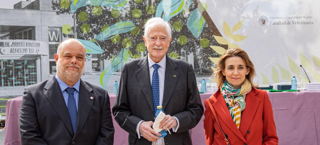 AMVAC con José Luis Puchol en su mención como Presidente de Honor de COLVEMA