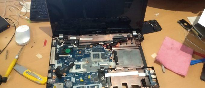 Обслуживание ноутбука Acer Aspire V3-571G