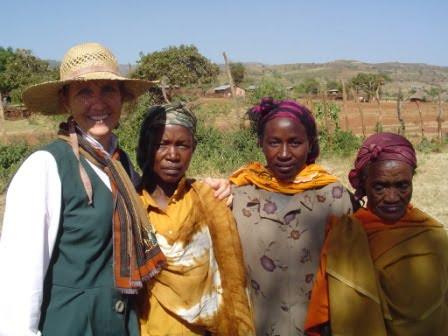 BeckyLynn with Ethiopian Women