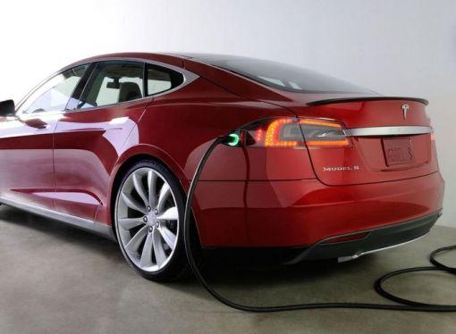 Stručnjaci predviđaju rast prodaje električnih automobila u 2020. godini uprkos slabljenju auto-industrije