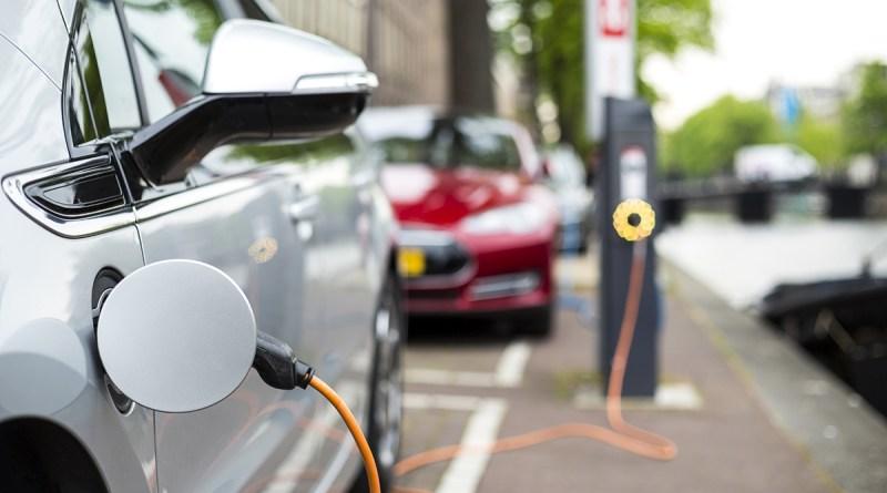 Переломный момент для массового внедрения электромобилей
