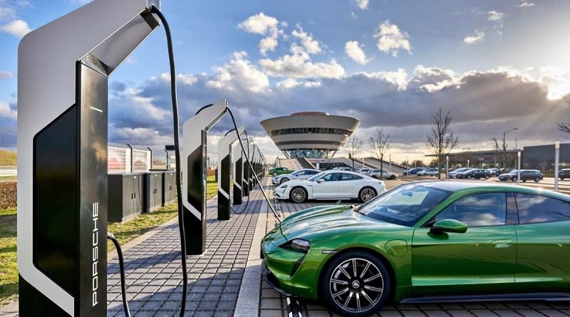 Porsche смотрит дальше электромобилей