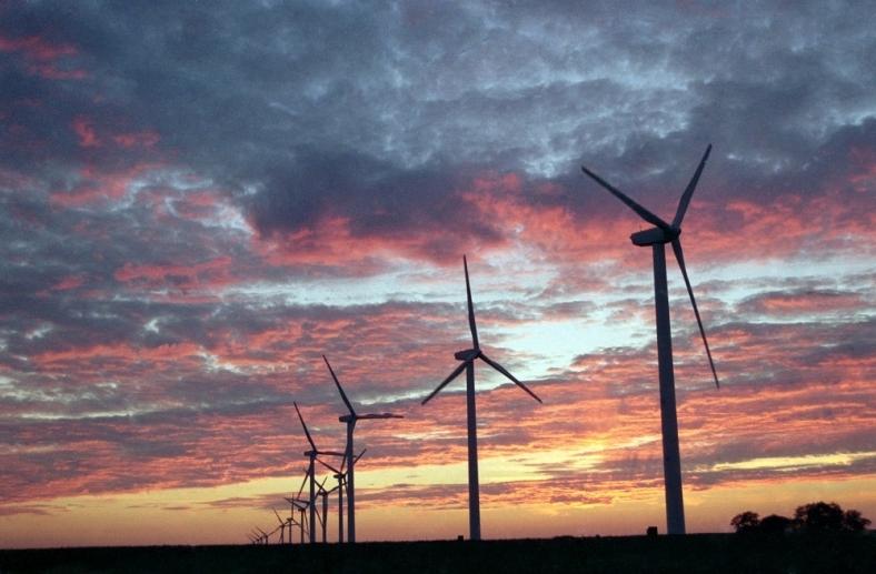Znalezione obrazy dla zapytania wind farm