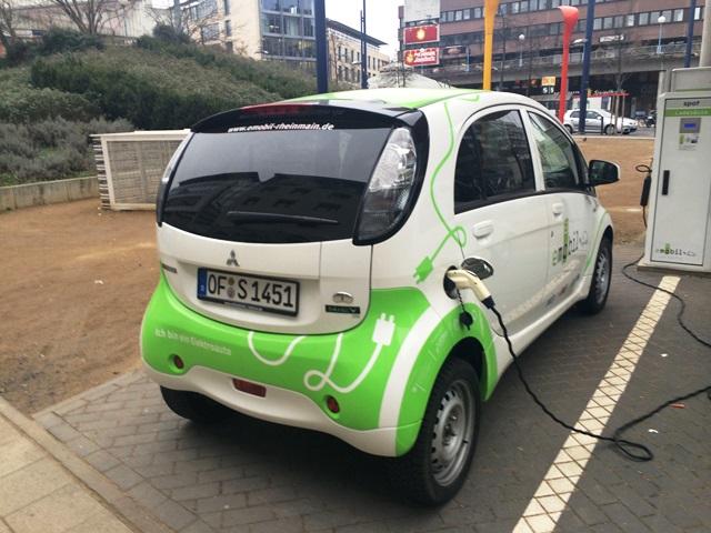 entscheidung-ueber-elektromobilitaets-foerderung-laesst-auf-sich-warten
