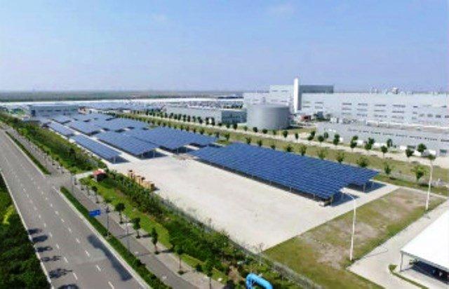 riesiger-solar-carport-china
