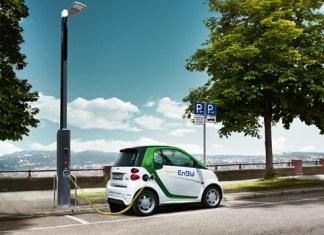 smarte-strassenbeleuchtung-wetterdaten-elektrotankstelle-enbw