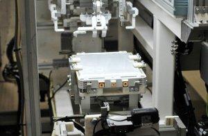 nissan-batterie-produktion