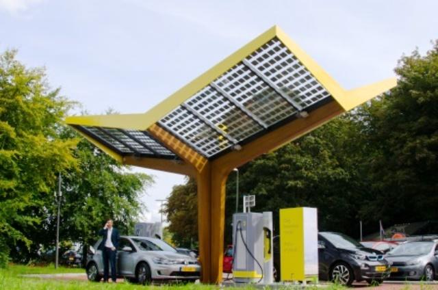 solartankstelle-fastned