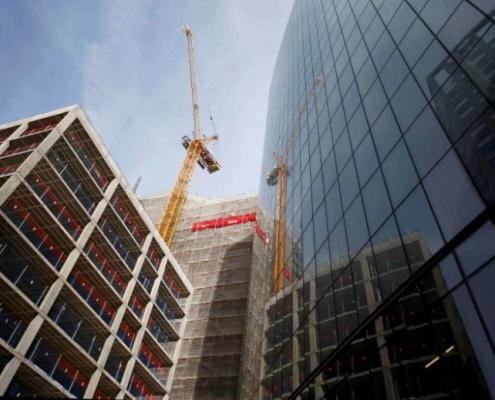 London builders turn to funds as property prices drop