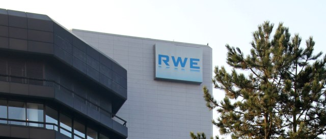 Black or Green? German utility RWE seems to suffer from schizophrenic disorder recently. (Photo by HOWI, CC BY 3.0)