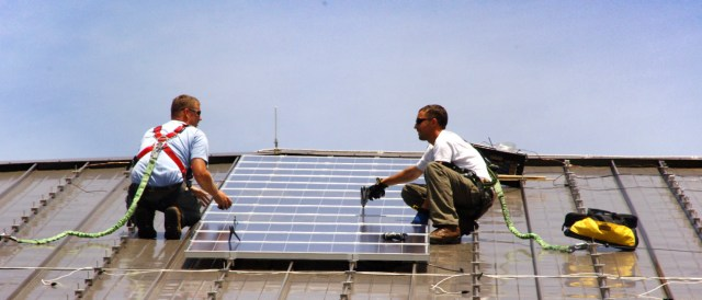 U.S. solar installation costs could be reduced dramatically. (Photo by U.S. Army Environmental Command, CC BY 2.0)