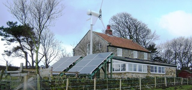 UK small scale solar and wind power