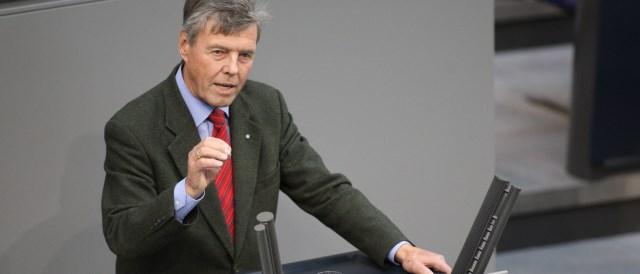 Josef Göppel addressing Bundestag
