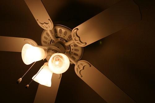 incandescent light bulb ceiling fan internal heat gain