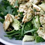 Pesto-bonanza: pestokrutonger og kyllingsalat