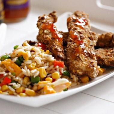 Stekt ris og sprøstekte kyllingpinner