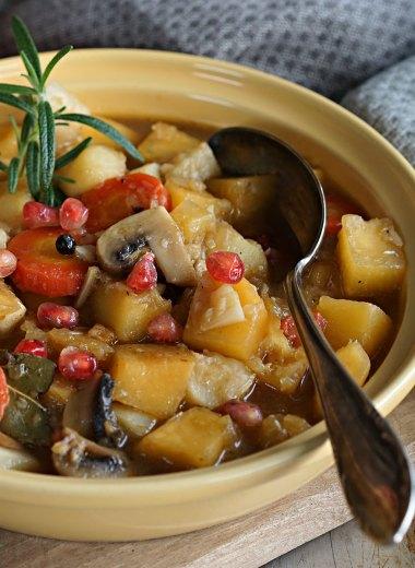 Vintergryte med sopp og rotgrønnsaker