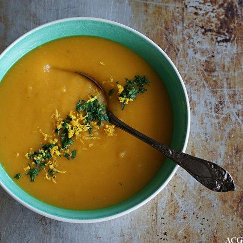 gulrotsuppe med appelsin og ingefær