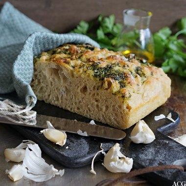 eltefritt focaccia med persille og hvitløk