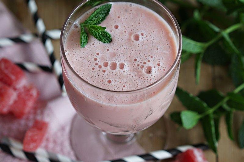 smoothie med vannmelon og mynte