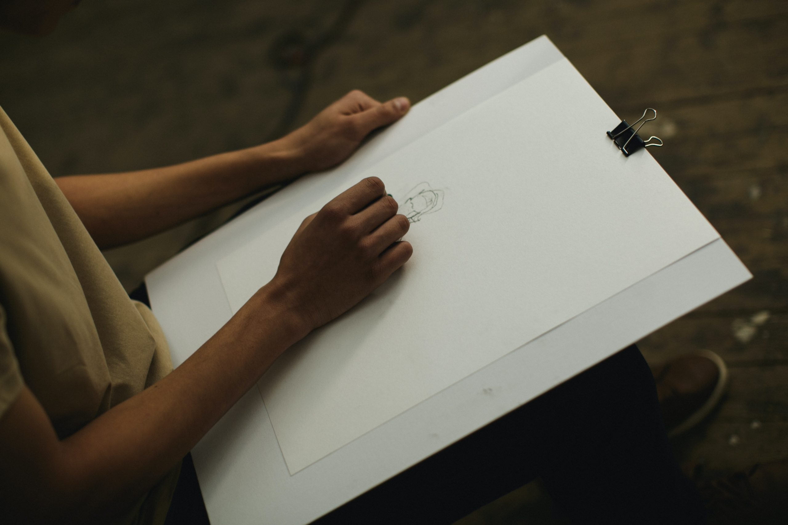 Le support choisi sera le vôtre et dépend de vos envies, carnet, feuilles, grand format, ...