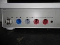 Entrada de monitor multiparâmetros para módulo de pressão invasiva e outros.