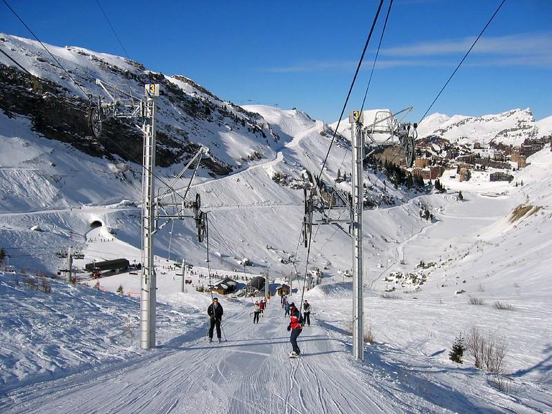 que prendre pour aller skier Jai envie daller skier, comment préparer mon séjour, que dois je prendre.