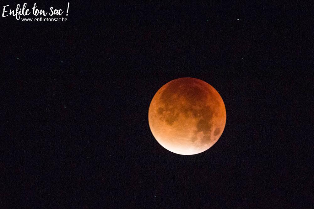 lune de sans super 2015 Celle qui a essayé de photographier la lune rouge   2015