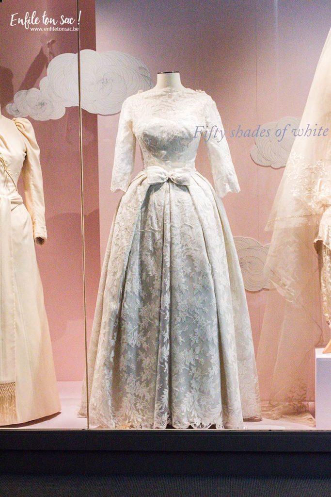just married exposition bruxelles 1 683x1024 Just Married, lhistoire du mariage sexpose au musée du costume et de la dentelle de Bruxelles.