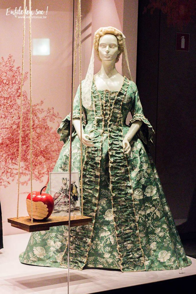 musee costume dentelle bruxelles 683x1024 Just Married, lhistoire du mariage sexpose au musée du costume et de la dentelle de Bruxelles.