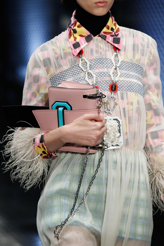IT bag alert Prada